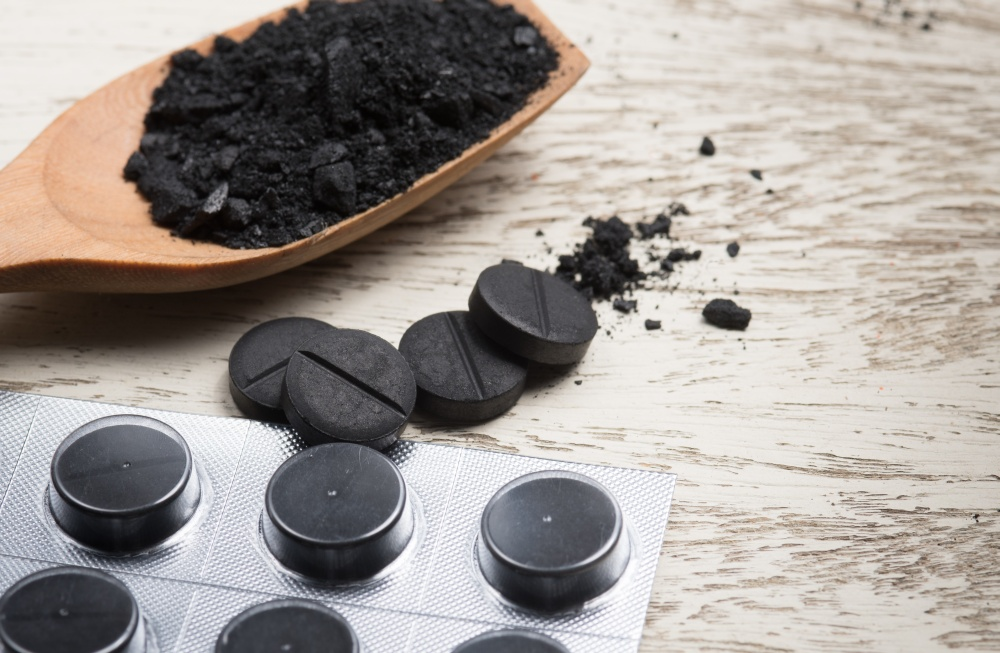 Как пить уголь при запое